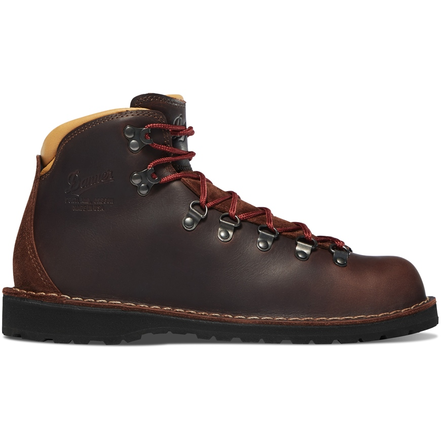DANNER MOUNTAIN PASS MINK OIL